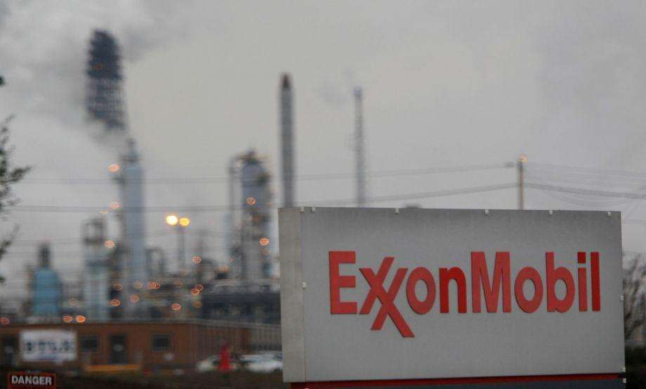 Baytown complex of Exxon Mobil. Next: Take a look at your local energy company's recent track record. Photo: Mayra Beltran, HC employees / Houston Chronicle / Houston Chronicle